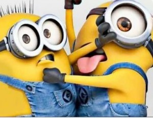 Funny-two-minions-fighting